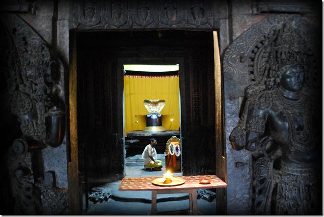 Inner sanctum of Hoysaleshwar Temple, Hallebid