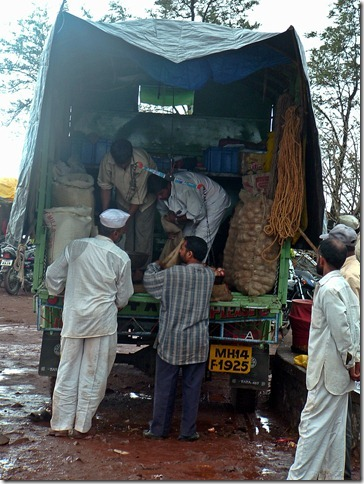 The mobile grocer at Sinhagad