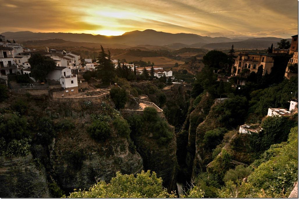 Sunrise over El Tajo, Ronda, Spain