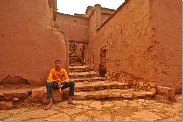 A resident of Ait Benhaddou