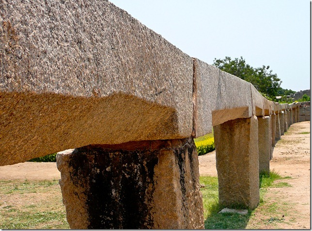 The aqeduct at Hampi