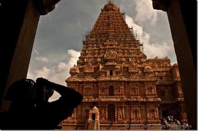 The towering Vimanaa of the Brihadeeswara temple