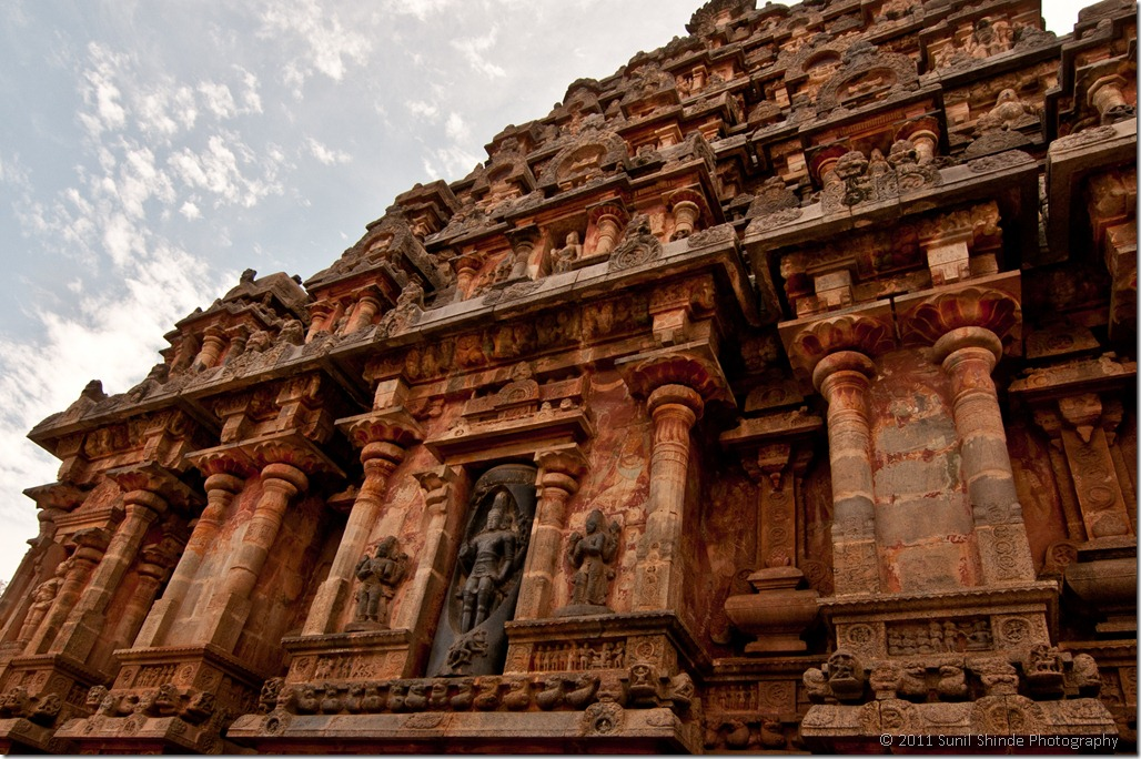 The west facade with a cross section of the Shiva lingam - Airavateswara Temple, Darasuram