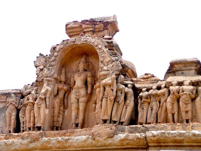 A temple of thousand Ramas - Hazararama temple