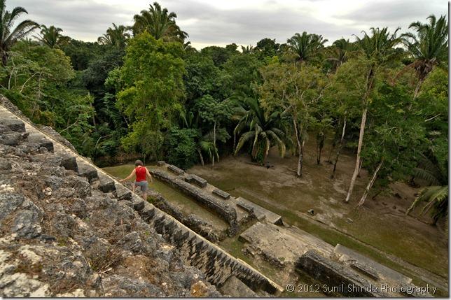 10-43 High Temple ascent Lamanai