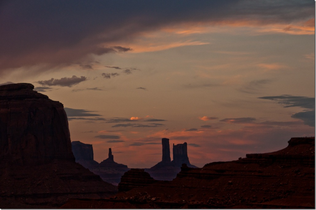 MonumentValley Twilight Scene
