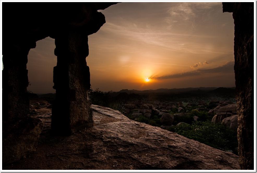 Sunrise above the Malayavanta hill, Hampi
